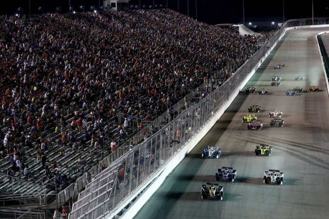NASCAR should catch the wave of motorsports success in St. Louis