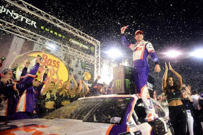 Hamlin earned the victory but DiBenedetto won the popularity contest at Bristol