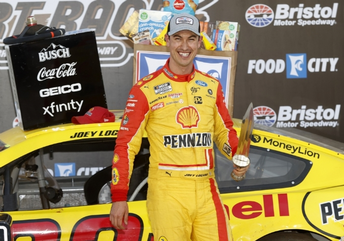 Food City Dirt Race was worth the wait for Logano