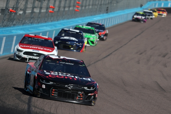 Rookie Tyler Reddick impresses in first short-track Cup run
