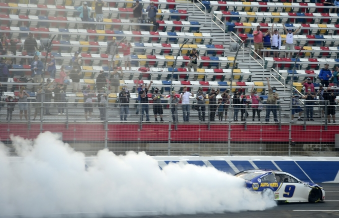 Chase Elliott's road course domination continues at The Roval